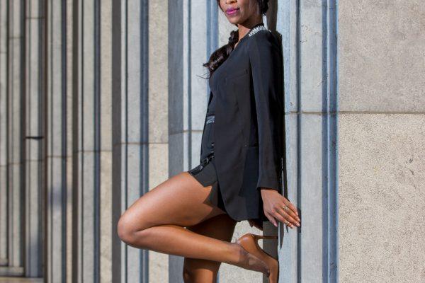 Classy Photoshoot 2015 © Les AduModel: Winny SandvlietAssistent: Brian BrammerlooStyling: Raisa Daniel